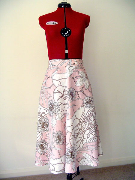 wendy's hollyburn skirt front